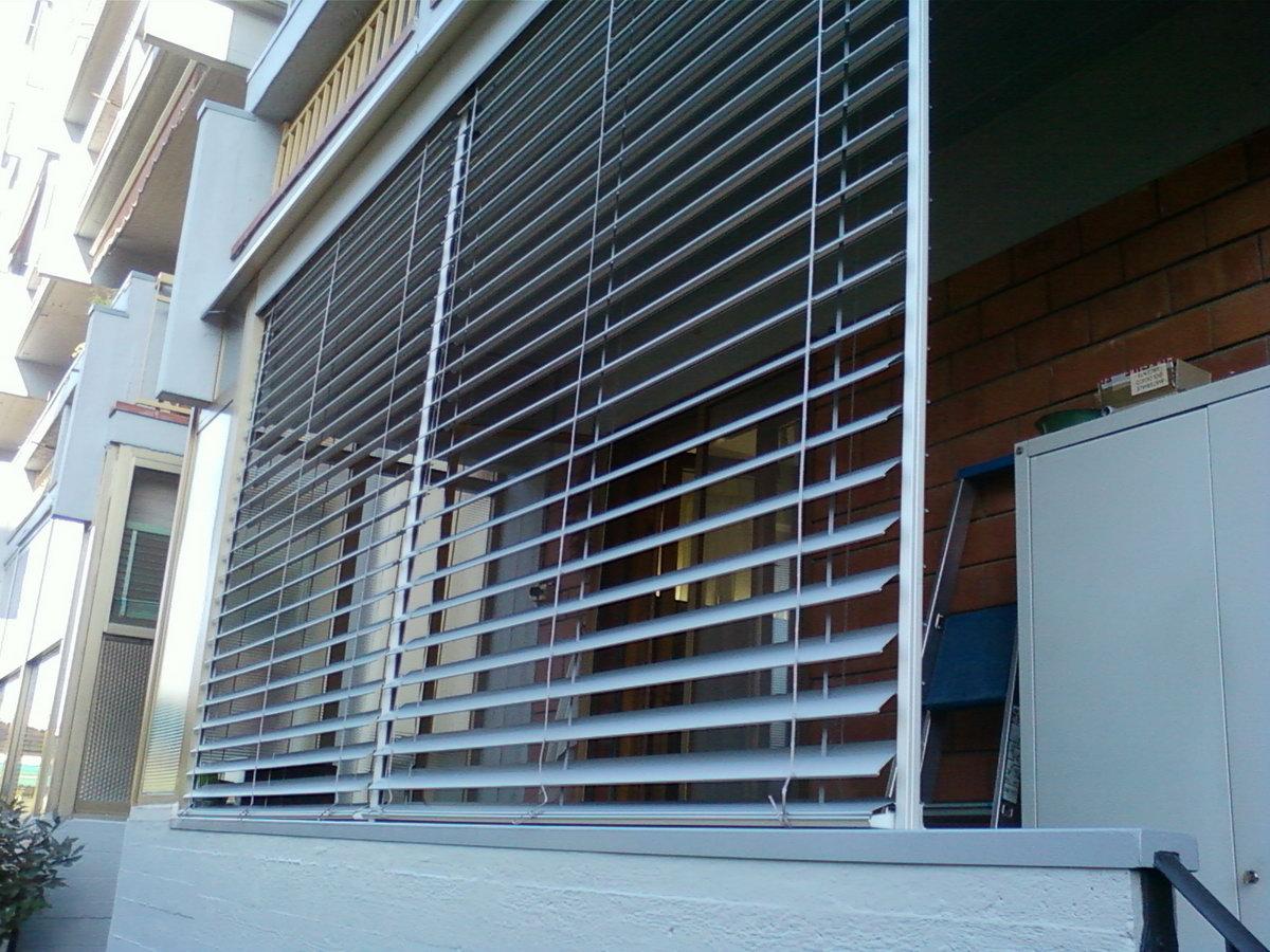 Prodotti ravenna lugo cervia faenza tende da sole - Tende veneziane per esterno ...